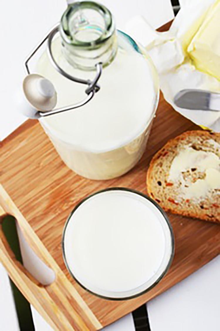morning-breakfast-kitchen-cutting-board-medium