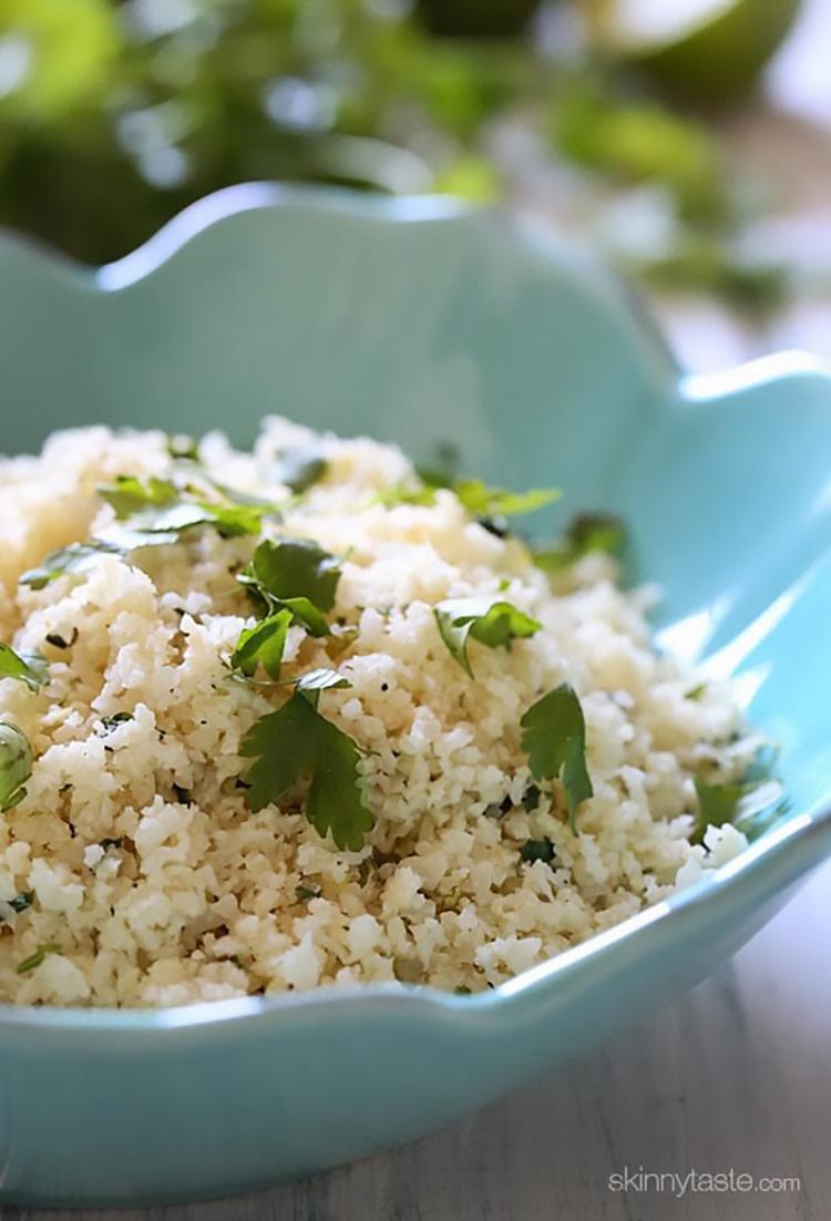 cauliflower-cilantro-lime-rice-550x808