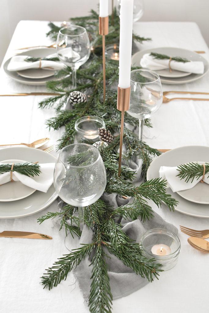 Christmas dining tbale